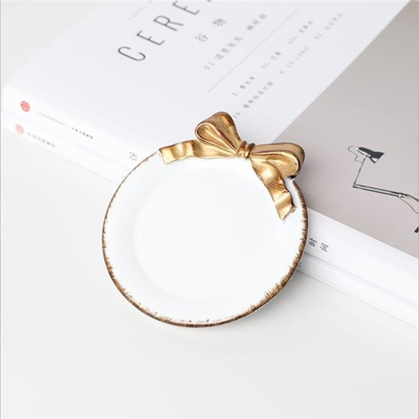 Retro Gold Bow-knot Plate