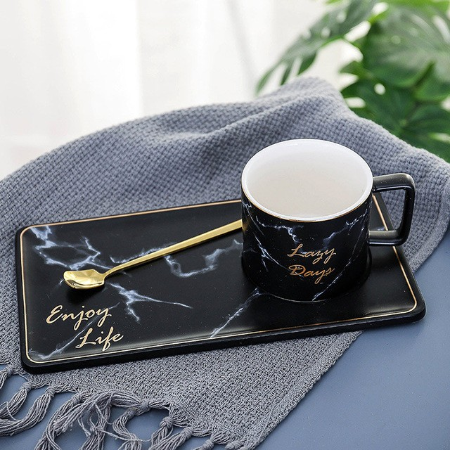 Coffee Mug Set In Gold